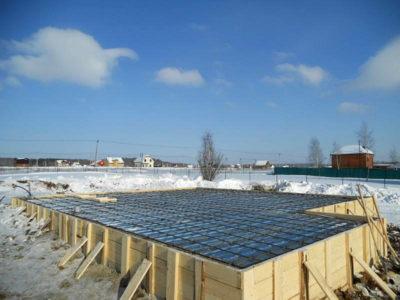 Зима – не повод останавливать строительство дома