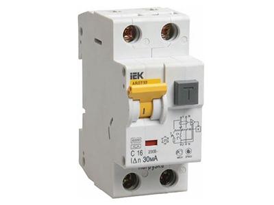 Вводный автомат или дифференциальный выключатель? Что выбрать в квартиру и другие советы по электрике